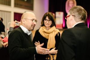 Volkmar Halbleib im Austausch mit Gästen (Foto: Maurice Schönen)